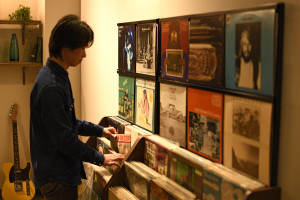 レコードディスプレイラック 我が家がレコード屋に (2)